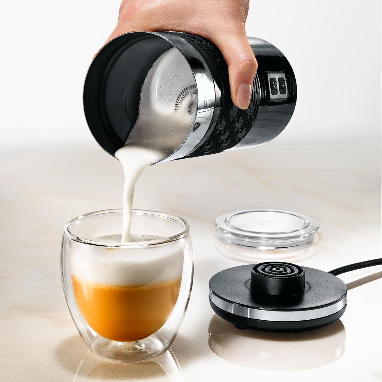 acheter mousseur de lait fomini crema en ligne pas cher. Black Bedroom Furniture Sets. Home Design Ideas