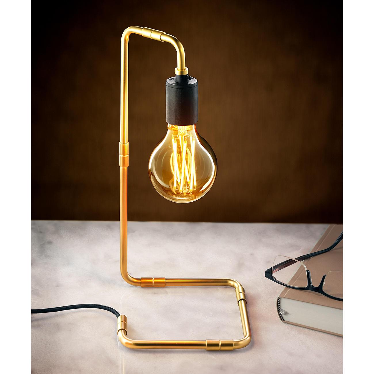 Lampe de table au design industriel pas cher | Pro-Idee