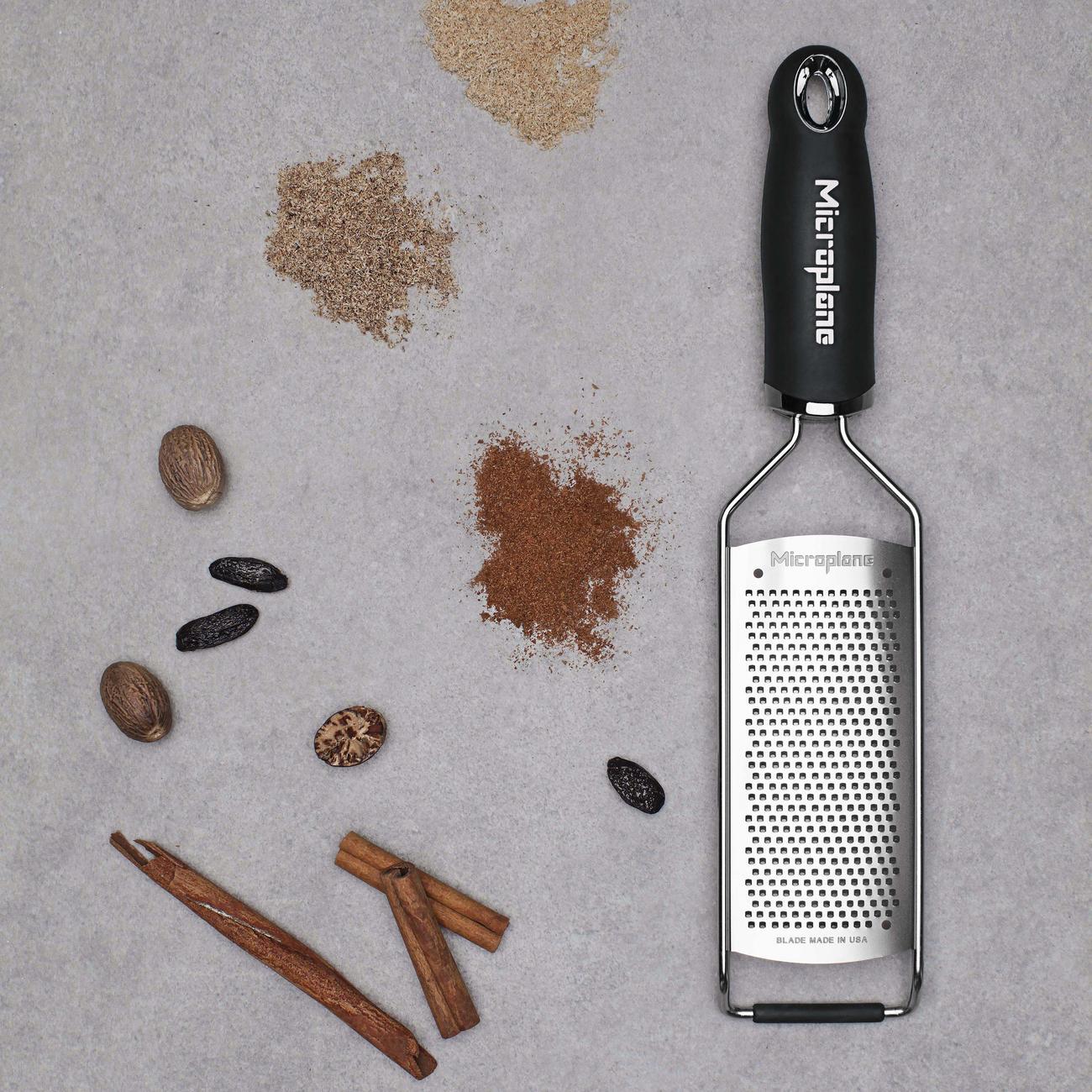 Acheter r pes de cuisine microplane en ligne pas cher for Acheter cuisine en ligne