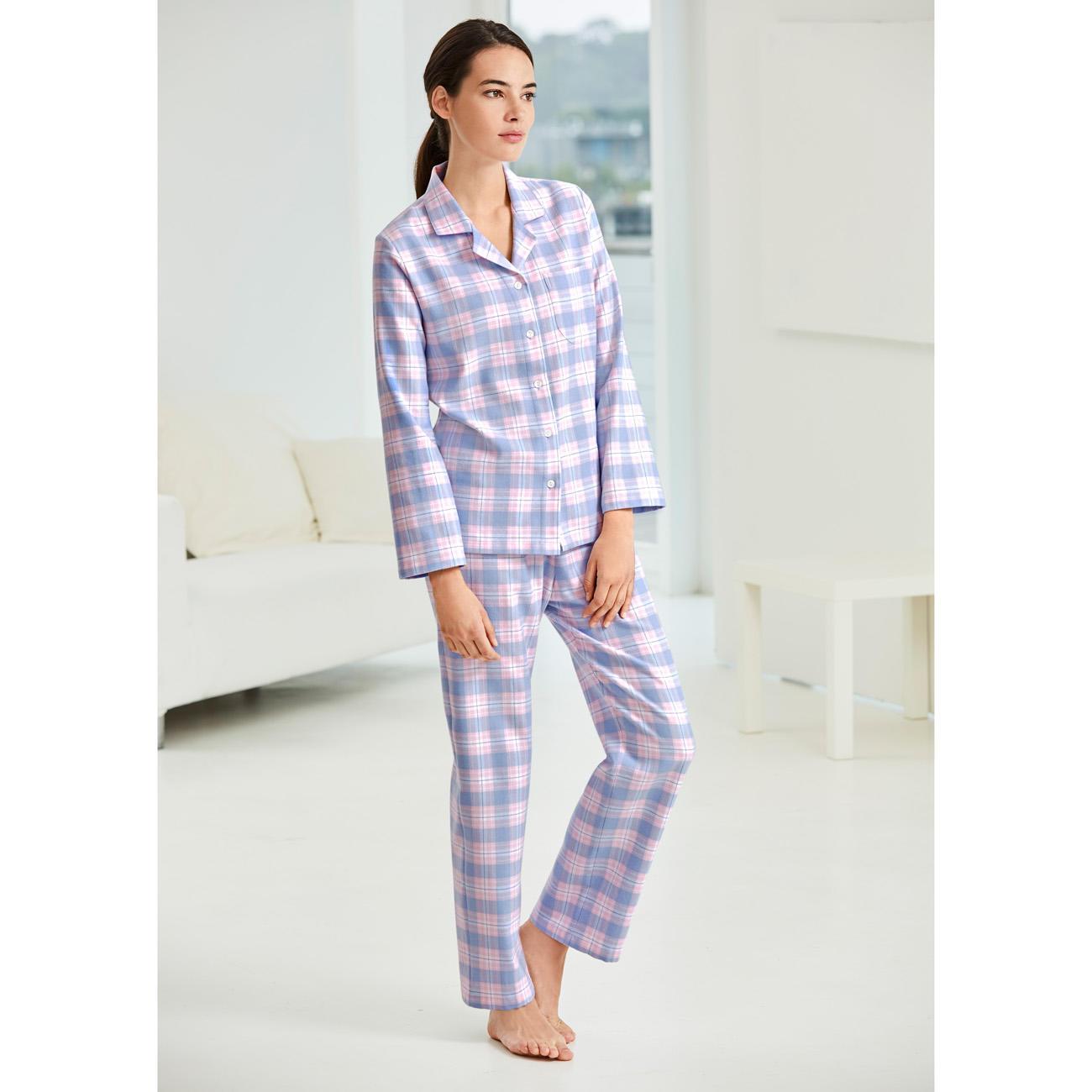 Pyjama carreaux en flanelle novila pas cher pro idee for Pyjama carreaux