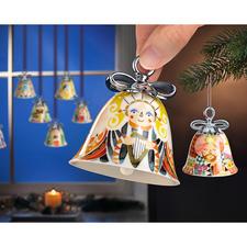 Cloches de Noël Alessi - Les cloches sonnent l'arrivée des fêtes. Couleurs agréables, avec nœud argenté à la main.
