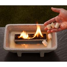 Brûle avec de la simple cire. Convient également pour des restes de bougie.