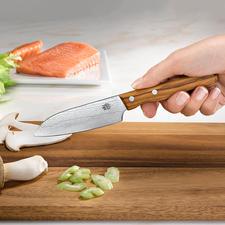 Couteau damassé - Le tranchant et la résistance à la coupe des plus grands couteaux damassés.