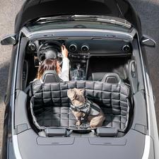 Couverture de voiture pour chiens, lavable à 95 °C - Nettoyage 100 % sans germes, ni parasites ni odeurs. Une protection intégrale pour la banquette arrière et le coffre.