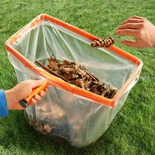 Assistant pour sac poubelle, avec manche en bois - Un assistant indispensable pour vos travaux de jardinage et autres.