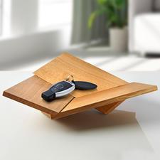 Corbeille Oh Lá Lá - Design primé : ces trois planchettes en chêne se métamorphosent en un rien de temps.
