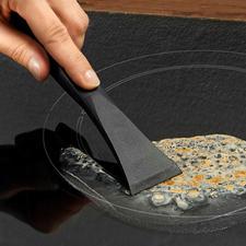 Grattoir plaque de cuisson anti-griffe - Efficace et plus doux pour les surfaces. 100 % hygiénique et manipulable sans danger.
