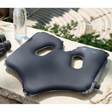 SoftAirSeat - Design breveté autogonflant, pour un confort d'assise optimal, en tout lieu.