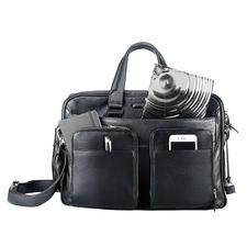 Seulement 3cm d'épaisseur– parfait pour une sacoche ou un sac à main.