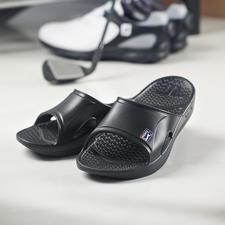 Sandales régérantes Telic - En Novalon™ : poids plume, thermoactif, anti-allergène et exempt de latex.
