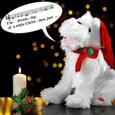 Chien de Noël chantant - Cet adorable chien de Noël conquiert le cœur de tous avec son chant mélodieux.