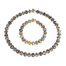 Collier ou Bracelet en perles de Murano - Splendeur vénitienne : l'éclat de l'or et de l'argent saisi dans des perles en verre de Murano.