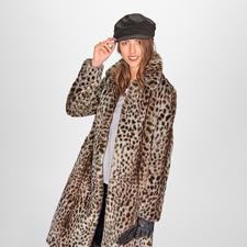 Manteau à motif guépard molliolli - Le manteau d'hiver favori de 2019/2020 : le manteau à motif guépard du label molliolli ECO-FUR.
