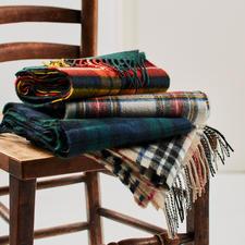 Écharpe à tartan Thompson - Motif Thompson Camel Modern original. Pure laine. Fabriqué en Écosse par Lochcarron.