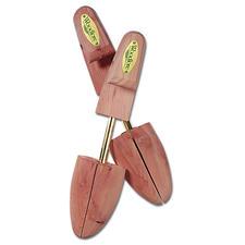 Embauchoirs - Les embauchoirs en bois de cèdre.