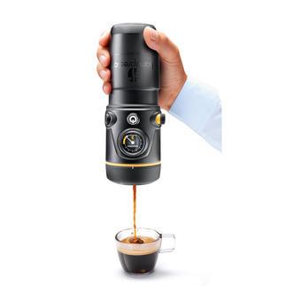 Handpresso 12 V ou Handpresso 12 V Set Premium Idéal pour la voiture, le camping, le bateau et les balades à moto. Raccordement 12 V. Pression de 16 bars.