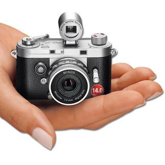 MINOX DCC 14.0 Appareil photo rétro, technologie numérique moderne. Un chef-d'œuvre de mécanique de précision. Par MINOX.