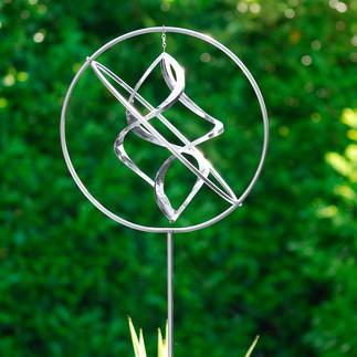 Moulin à vent en acier inox Artisanat d'Art. Très décoratif dans le jardin, sur la terrasse ou le balcon. Variable en hauteur.