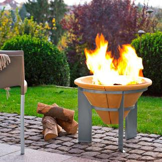 Brasero accumulateur de chaleur Puissant feu de camp. Dégage encore de la chaleur 2 heures après l'extinction des braises.