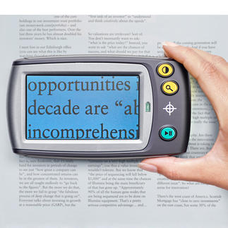 Loupe numérique avec écran Pour lire confortablement les plus petits caractères. Grossit 5 à 28 fois. Près de 250 fois sur un écran télé.