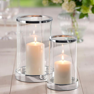 Photophore argenté, avec bougie Verre cristal brillant. Forme cylindrique classique. Socle et bord soigneusement argentés.