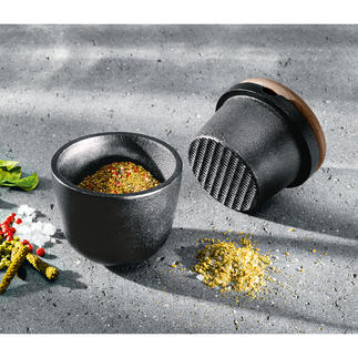 Pilon en fonte Skeppshult La fonte massive réduit en poudre les épices et aromates de façon plus précise et plus aisée.