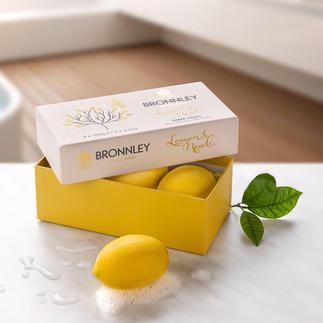 Savon Bronnley`s Lemon Soap, lot de 3 pièces Broyé trois fois, à partir d'une précieuse huile de citron. Par le fournisseur de la cour royale d'Angleterre.
