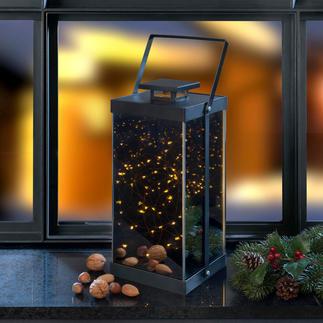 Lanterne à étoiles scintillantes Des micro LED placées à l'intérieur enflamment un océan infini de lumière.