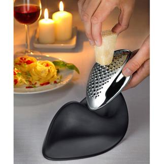 Râpe à fromage design Alessi Belle forme sculpturale, caractéristique. L'une des dernières créations de la célèbre architecte.