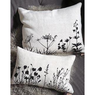 Coussin en lin de 100 ans Imprimé à la main avec des motifs botaniques d'une grande finesse.