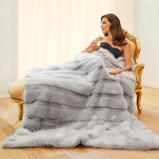 Couverture en fausse fourrure à la douceur de l'angora Superbe alternance de rayures à mèches courtes et longues. Bel aspect ultra douillet et poids plume.