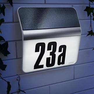 Lampe pour numéro de maison XSolar Emmagasine jusqu'à 12 nuits de réserve d'énergie. Sans alimentation électrique et résistante aux intempéries.