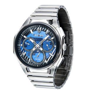 Chronographe Bulova Curv Bulova Curv : le premier chronographe au monde à mouvement bombé. Design élancé et élégant en acier inox.