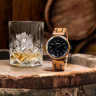 Montre homme en fût de whisky Le chêne des vieux fûts de whisky : une noble barrique de bois pour une montre pour homme d'exception.