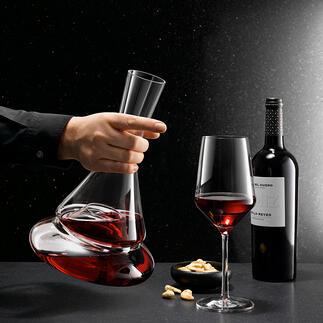 Décanteur à deux étages Doppio Une première mondiale : le décanteur à deux niveaux. Indispensable pour les amateurs de vins et d'objets design originaux.