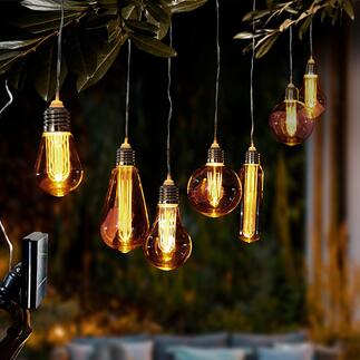 Lampes solaires vintages La magie des ampoules nostalgiques. Remises au goût du jour par l'énergie solaire. Pour décorer les arbres, la terrasse, le balcon …