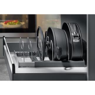 Organiseur pour poêles et casseroles Voilà enfin un système de rangement clair et économisant de l'espace pour les casseroles, poêles, couvercles …