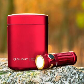 Baton 3Olightavec étui de recharge La première lampe de poche avec son propre étui de recharge. Idéale pour voyager, en randonnée, en voiture, en mobil home ...