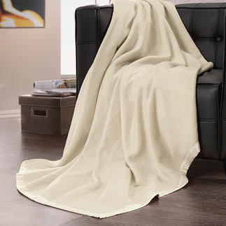 Couverture polaire en soie Aussi douillette et légère que la polaire, mais en pure soie. Un bienfait sur la peau.