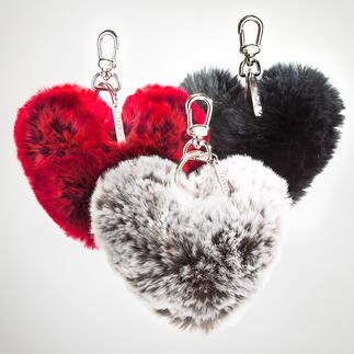 Porte-clés cœur en fourrure tissée Un cadeau très pratique qui fera, encore et toujours, penser à vous tendrement.