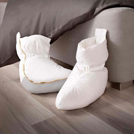 Les chaussons de lit - Les chaussons de lit (garnissage 120 g 1/2 duvet) procurent immédiatement une agréable chaleur.