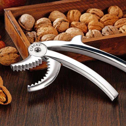 Casse-noisettes Cracky Facile à utiliser – équipé de puissantes dents et d'un effet levier.