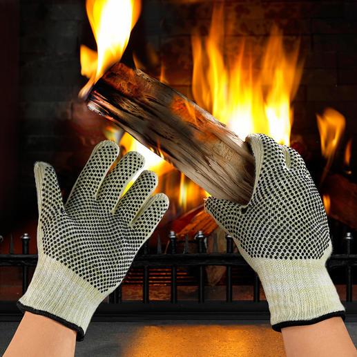 Gants de protection contre la chaleur En matériau résistant à la chaleur utilisé pour les combinaisons des pilotes automobiles.