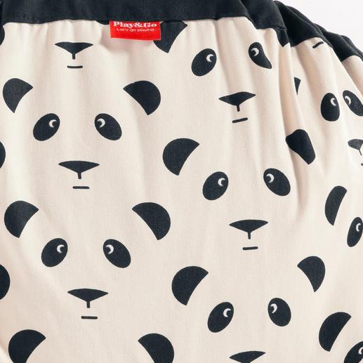 Face extérieure rehaussée d'un bel imprimé au motif panda.