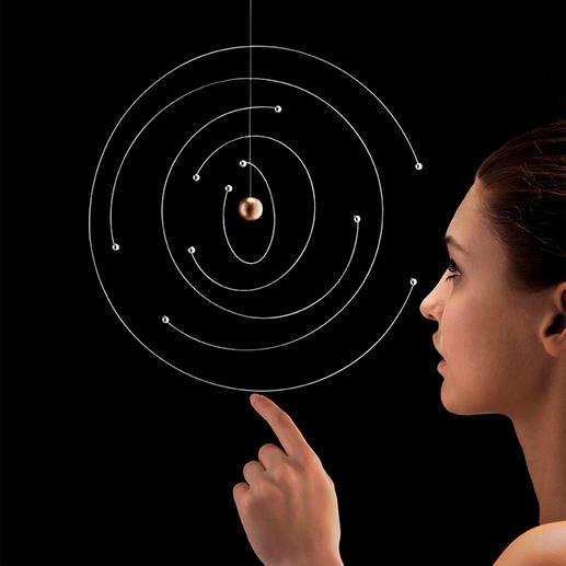 Mobile modèle atomique de Niels Bohr Icône de la physique: modèle atomique de Bohr en tant que mobile au design artistique.Chaque pièce est unique.