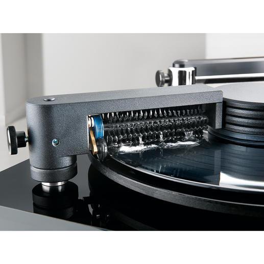 La brosse double fixe permet de nettoyer les disques peu salis.