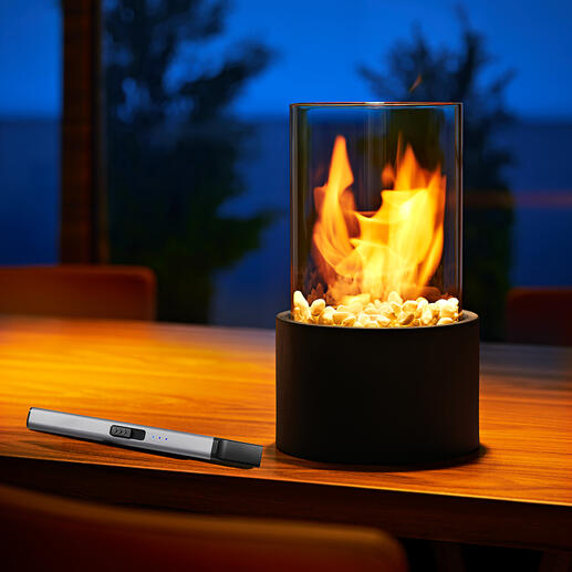Cheminée de table décorative Le fascinant jeu de flammes d'un véritable feu de bois, en toute sécurité, derrière une plaque de verre.