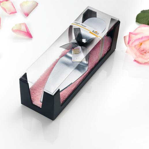 La pelle à tarte talon aiguille est livrée dans une superbe boîte cadeau, idéale pour offrir.
