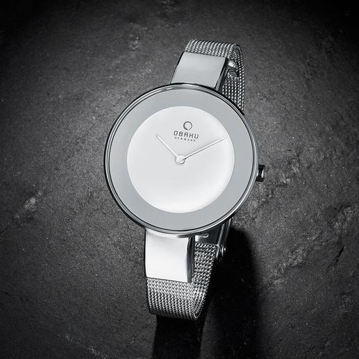 Montre-bracelet Milanaise Légère. Plate. Filigrane : une montre-bracelet et un bracelet tendance à la fois.