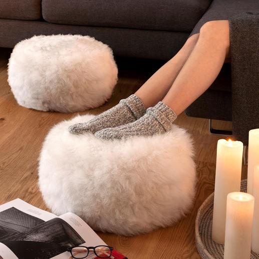 Pouf/tabouret en fourrure de mouton, la pièce, naturel/ivoire - Soutient confortablement les jambes et maintient vos pieds agréablement tempérés.